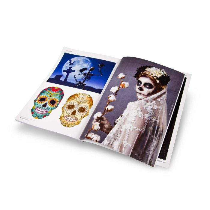 "Książka: ""La Catrina And Sugar Skulls"""